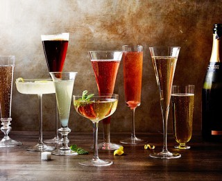 4 burvīgi šampanieša kokteiļi