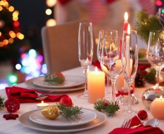 Kā sarīkot svinības mājās? Svētku dekori, lietotas mēbeles un citas idejas