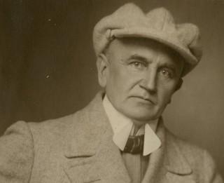 """Muzejs """"Rīgas Jūgendstila centrs"""" aicina uz mākslinieka Jūlija Madernieka 150 gadu jubileju"""