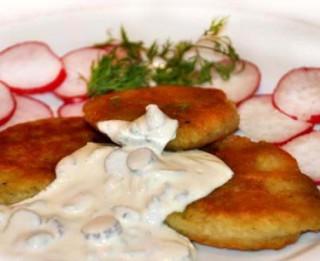 Pankūkas no vārītiem un nevārītiem kartupeļiem