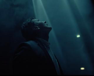 """Video: """"Tālāk ir tuvāk"""". Ivo Fominam jauna dziesma un aizkustinošs video"""