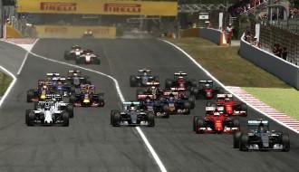 """Foto: Spānijas """"Grand Prix"""" izcīņā Rosbergam pirmā uzvara sezonā"""