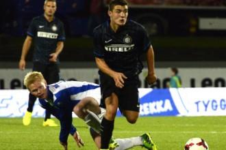 """Milānas """"Inter"""" iesit trīs vārtus Islandē un praktiski iekļūst EL grupu turnīrā"""