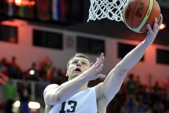 Lietuva Ļubļanā apspēlē Brazīliju un Irānu