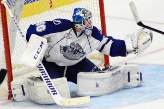 """Gudļevskis rezervē """"Crunch"""" zaudējumā, Pavlovam piespēle ECHL uzvarā"""