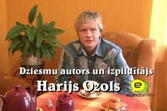 Video: ''Ja gribam ko mainīt, vispirms jāmainās pašiem'': intervija ar dziesmu autoru un izpildītāju Hariju Ozolu