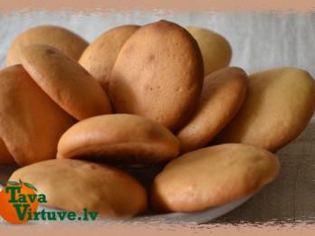 Fotorecepte: biskvīta cepumi