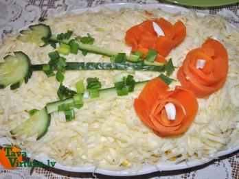 Garneļu un siera salāti- paši kūst mutē