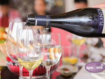 Video: Slaveno Sicīlijas PLANETA vīnu degustācija Rīgā