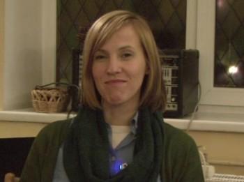 Video: Dziesminiece Anete Kozlovska- Dievs pāri visam. Videointervija