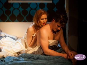 """Video: 9. oktobrī iespēja atkal redzēt izrādi """"Nakts vēl nav galā"""" Dailes teātrī"""