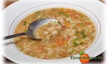 Fotorecepte: lēcu zupa
