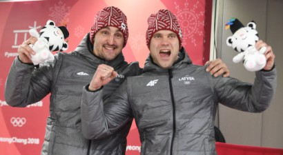 Olimpiskie medaļnieki Melbārdis un Strenga sīvā cīņā kļūst par Latvijas čempioniem