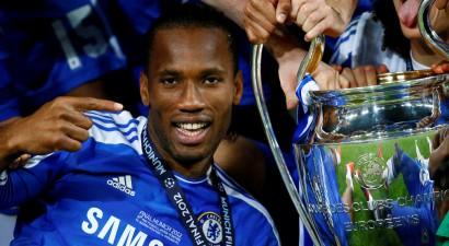 """Kādreizējais """"Chelsea"""" uzbrukuma līderis Drogbā beidz profesionāļa karjeru"""