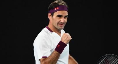 """Federers grauj pēc zaudēta pirmā seta un 15. reizi tiek """"Australian Open"""" 1/4 finālā"""