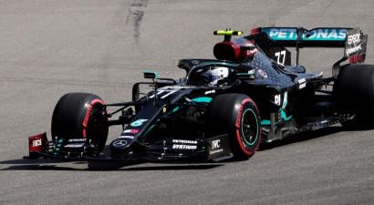 Botass saimnieko, Hamiltonam pirmajos treniņos tikai 19. vieta, F1 būs jauns vadītājs