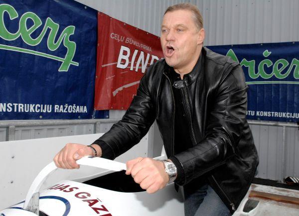 LOK tiksies ar bobsleja un kamaniņu sporta vadītājiem