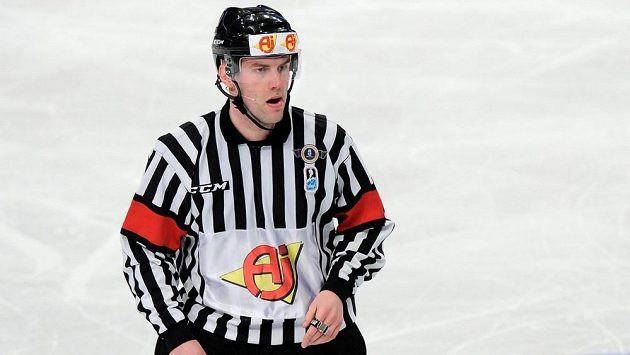 Hokeja tiesnesis Jeržābeks vairs nestrādās KHL un atgriezīsies Čehijas līgā
