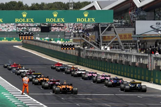 Nākotnē F1 čempionātā arī komandas ar vienu vai trīs mašīnām?