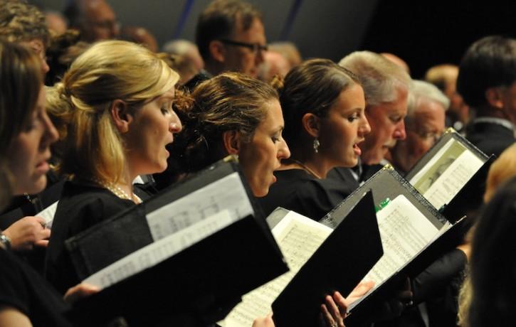 Starptautiskas turnejas ietvaros ar koncertiem Rīgā un Jelgavā viesosies prestižais Čikāgas Festivāla koris