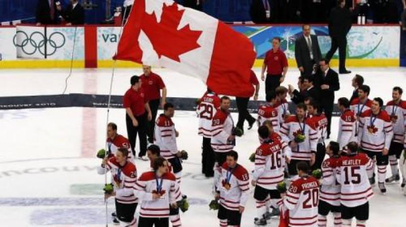 Kanādas hokejisti pielika treknu punktu Foto: AP/Scanpix