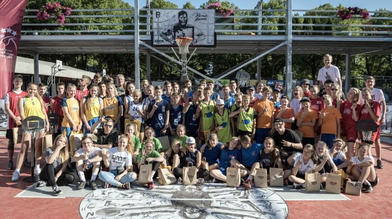 """""""Ghetto Basket"""" 3x3 skolu čempionāta laureāti Publicitātes foto"""