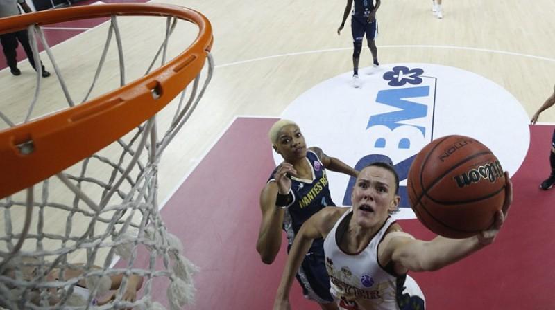 """Anete Šteinberga Eiropas kausa spēlēs pret """"Nantes"""". Foto: FIBA"""