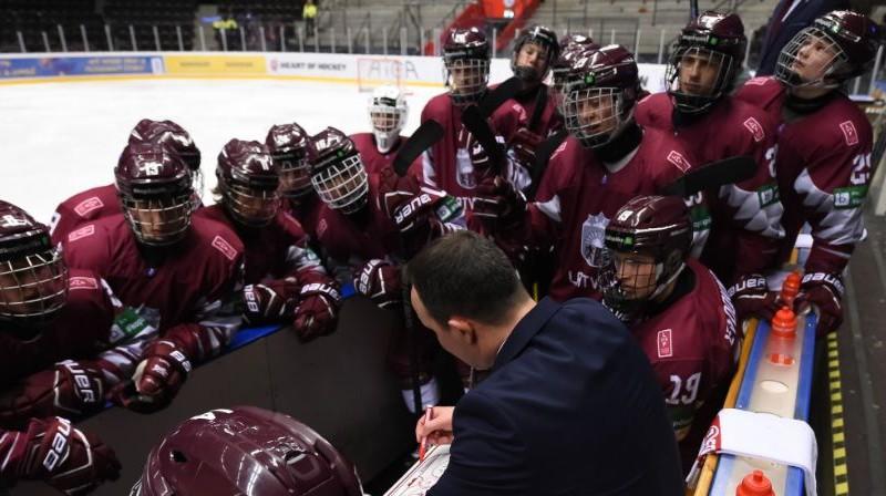 Latvijas U18 izlase. Foto: IIHF