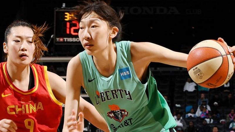 Hana Ksu 9. maija spēlē pret Ķīnas izlasi. Foto: WNBA