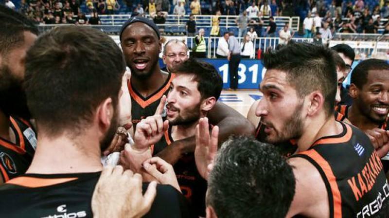 """""""Promitheas"""" komanda. Foto: esake.gr"""