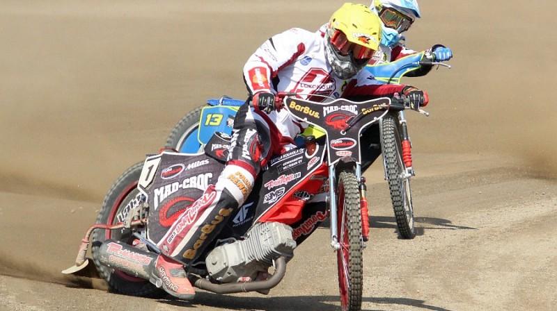 Timo Lahti uzvarēja trijos braucienos.