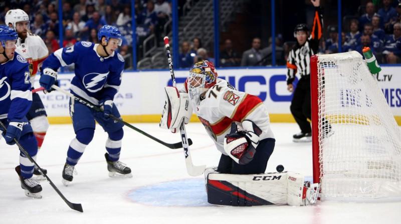 """Sergejs Bobrovskis kapitulē pirmajā spēlē """"Panthers"""" rindās. Foto: Zumapress.com / Scanpix"""