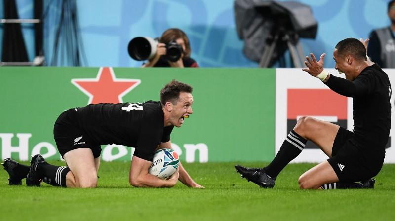 Bens Smits (ar bumbu). Foto: AFP/Scanpix