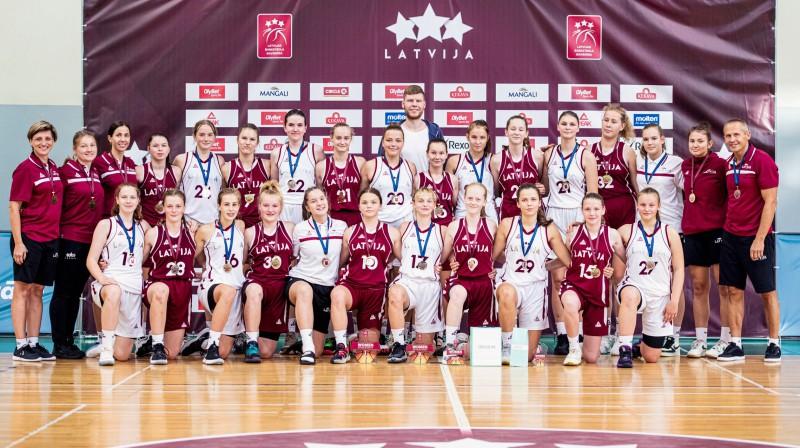Latvijas U14 meitenes: dubultuzvara Baltijas kausā. Foto: Renārs Koris