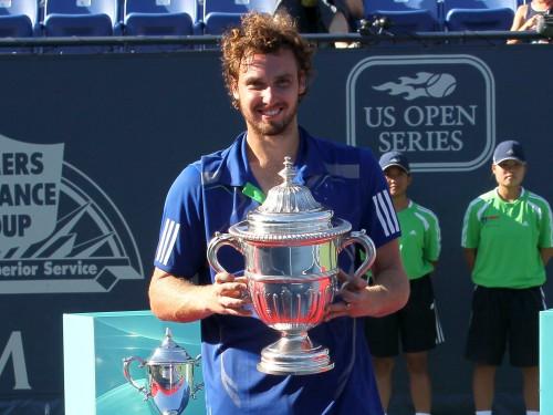 Gulbis izcīna Losandželosas ATP vienspēļu titulu