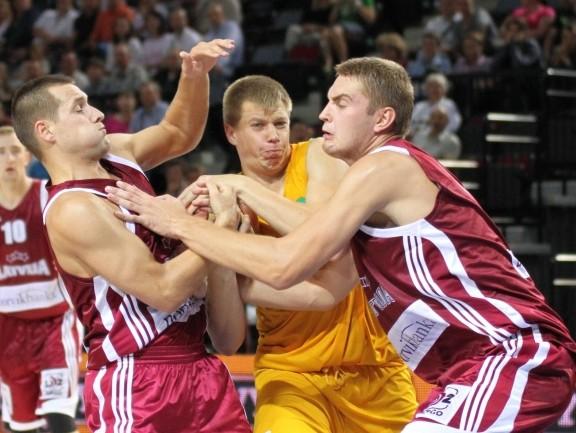 Latvija sāk ar neveiksmi pret Lietuvas studentiem