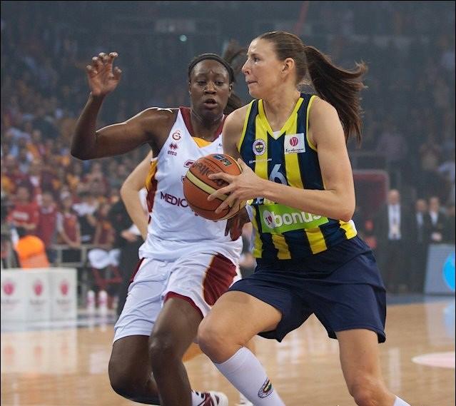 Zane Tamane otro reizi izmēģinās spēkus WNBA