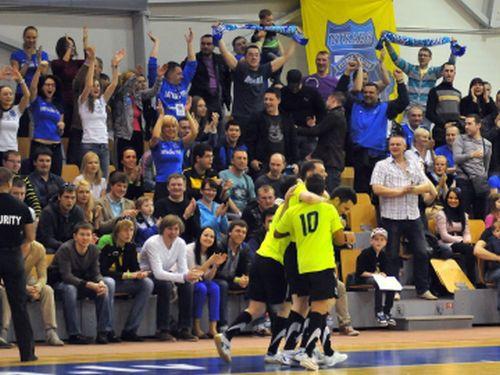 Zelta spēle Latvijas futzāla čempionātā, tiešraide Sportacentrs.com