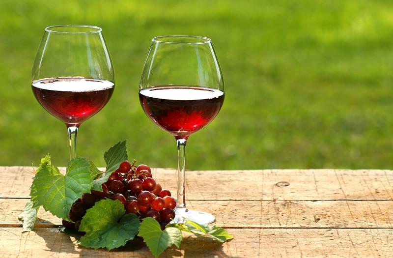 """""""Bioefekts""""- kā pagatavot vīnu mājas apstākļos"""