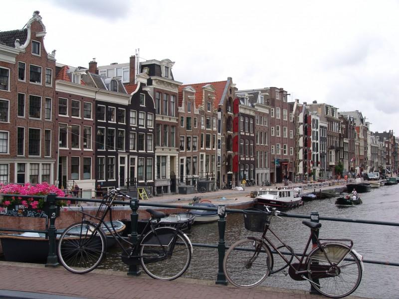 Amsterdamas Sarkano Lukturu ielās. 2 daļa