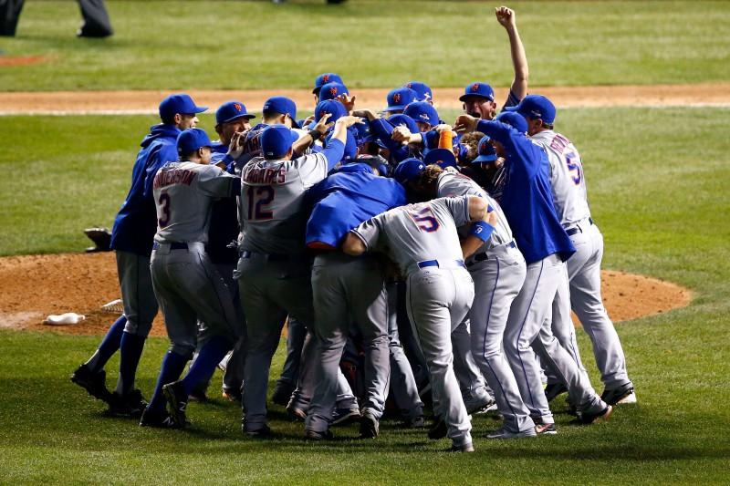 """""""Mets"""" uzvar Nacionālajā līgā un iekļūst Pasaules sērijā"""