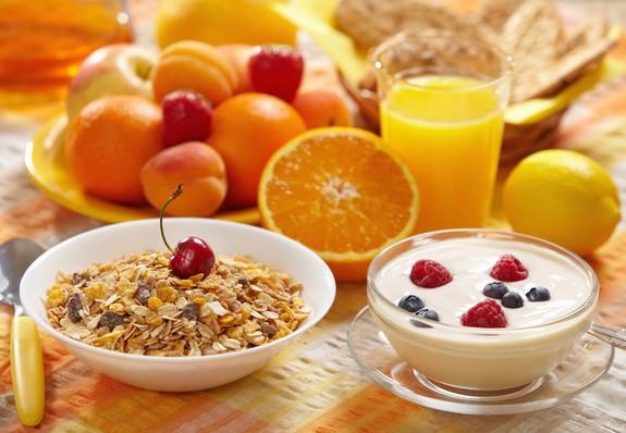 Brokastu trūkums var negatīvi ietekmēt darba spējas un motivāciju
