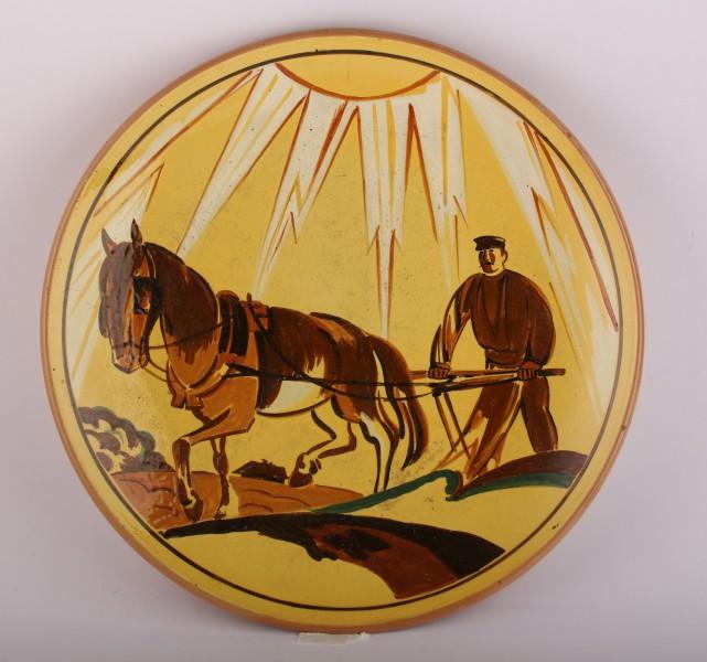 Liepājas muzejā būs skatāma Latvijas keramika no mecenāta Pētera Avena privātkolekcijas
