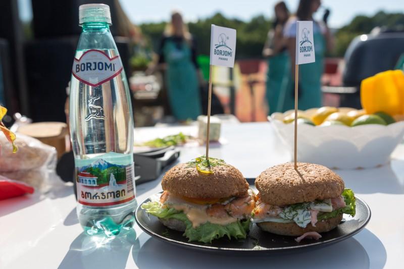 Janas Duļevskas veģetārā burgera recepte