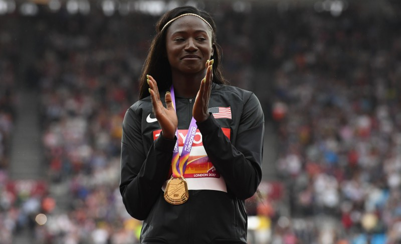 Pasaules čempione 100 metru sprintā nākamsezon piedalīsies arī tāllēkšanā