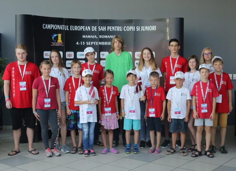Trīs jaunajiem šahistiem Eiropas čempionātā izdodas iekļūt labāko divdesmitniekā