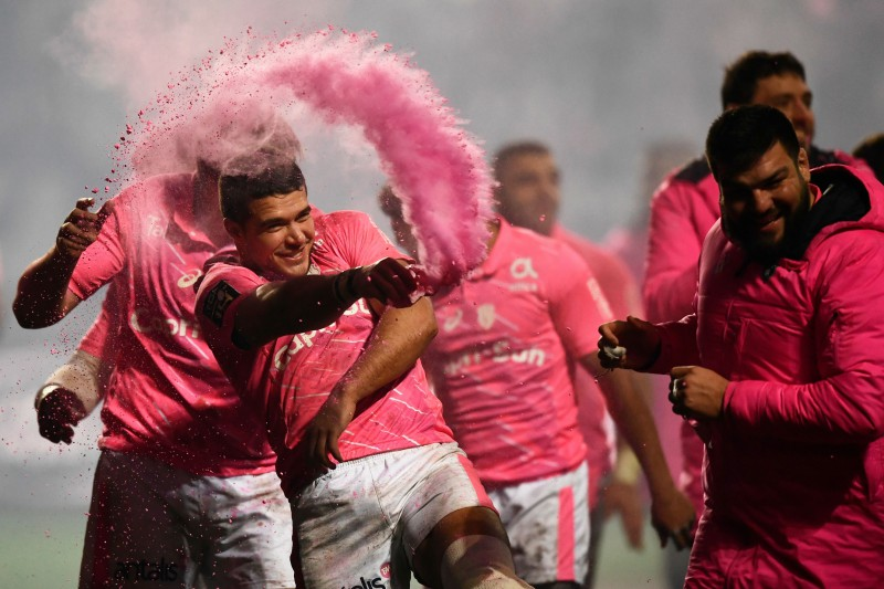 """""""All Pinks"""" uzvar Parīzes derbijā, Monpeljē piekāpjas Larošelai"""