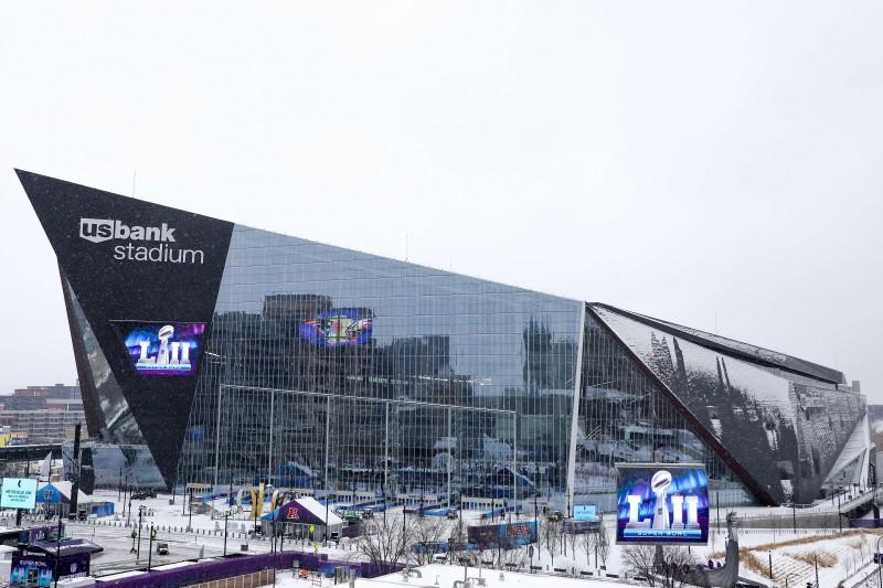 """""""Patriots"""" pret """"Eagles"""" – """"Super Bowl"""" revanša cīņa pēc 13 gadiem"""