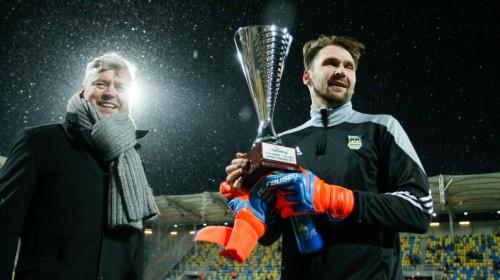 """Šteinbors pagarina līgumu ar Polijas Ekstraklases klubu """"Arka"""" līdz 2020. gadam"""