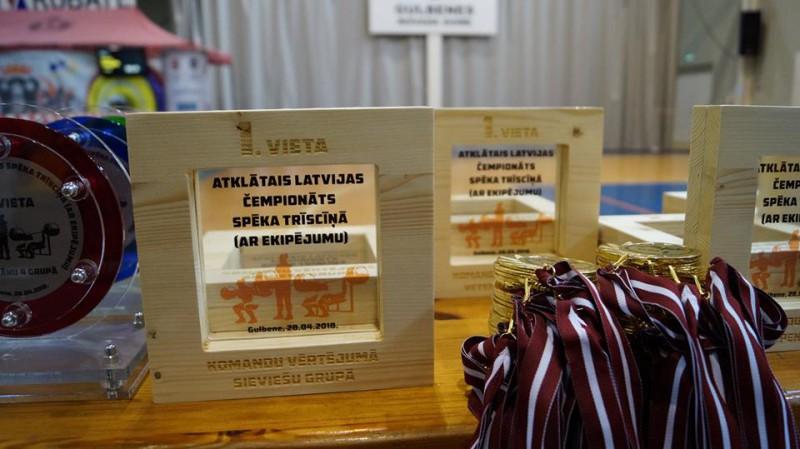 Gulbenē norisinājies Latvijas čempionāts spēka trīscīņā
